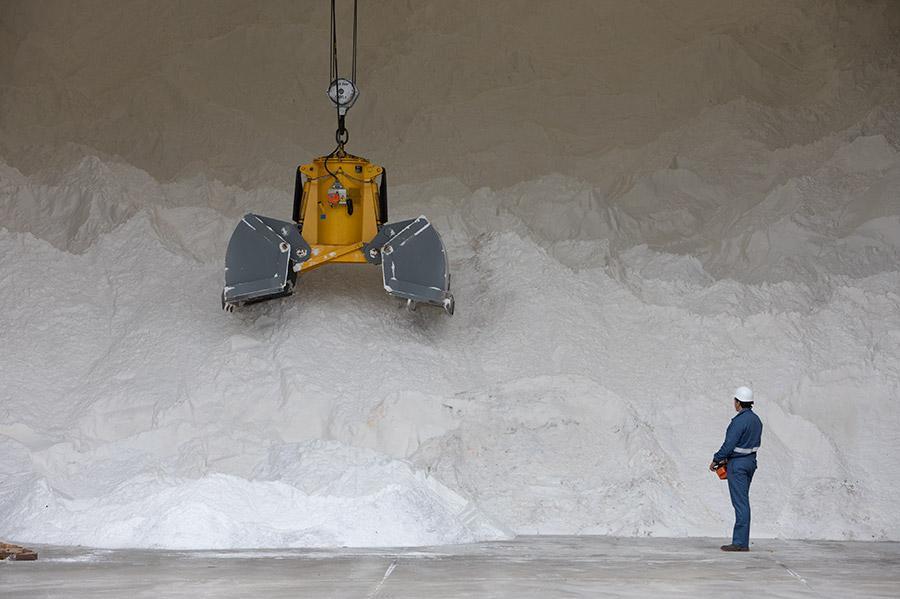 Con la electrólisis del agua y de la sal obtenemos nuestros productos