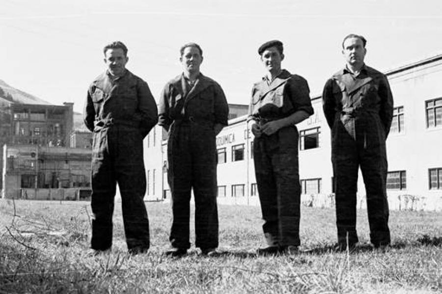 Trabajadores de Electroquímica de Hernani, 1958